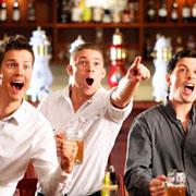 Con tus amigos en el pub de moda